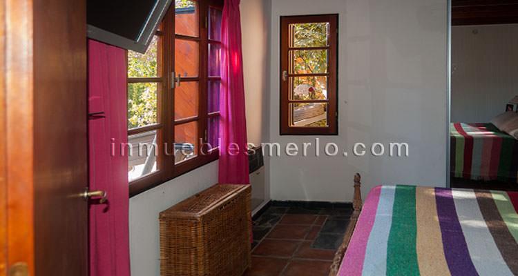 Dormitorio en planta baja con vestidor
